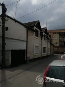 Dvorišni stan na Podbari, Novi Sad