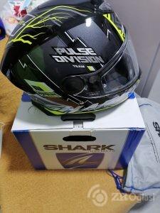 Kaciga za motor Shark
