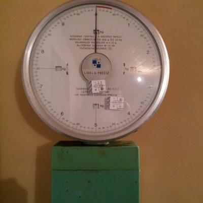 Vaga s kružnom glavom do 50 kg     (01)-4ff38e54