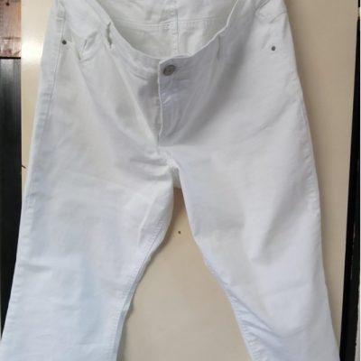 bele pantalone 004-775b2576