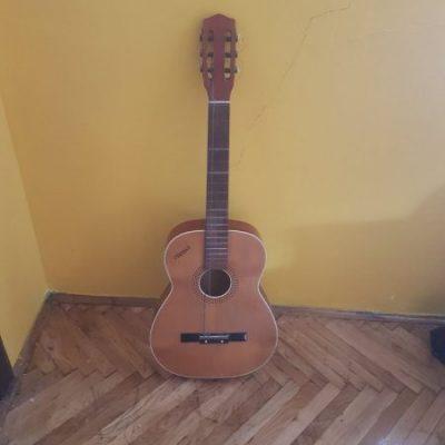 gitara 1-5c15bfde